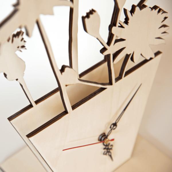 Holzuhr Blumentopf | mehrschichtig Lasercut inkl. Uhrwerk
