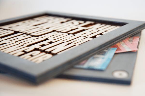 Holzrahmen Lasercut personalisierbar | Geldgeschenkidee