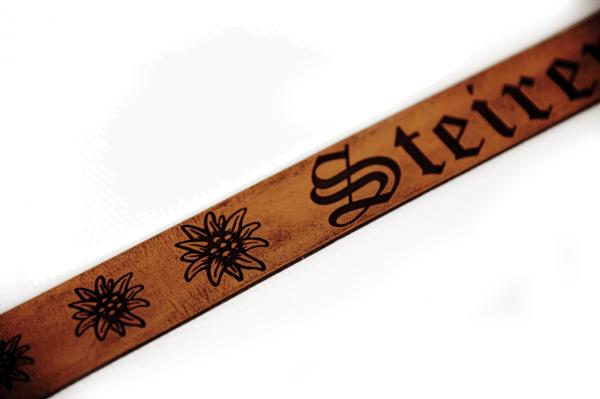 Ledergürtel mit Wunschgravur personalisiert | Echtleder 3,30cm breitLedergürtel mit Wunschgravur personalisiert | Echtleder 3,30cm breit